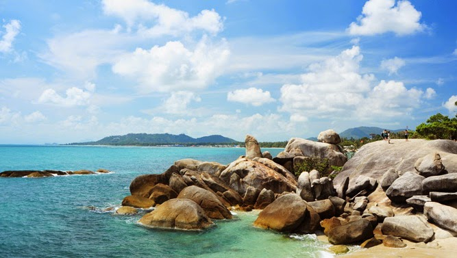 Grandfather Rock at lamai Beach Koh Samui